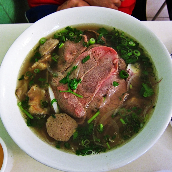 Combination Beef Pho @ phong vinh noodle house