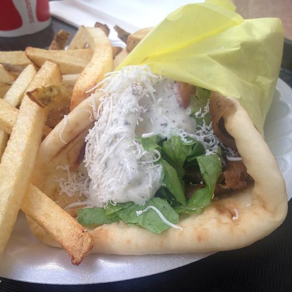 gyros sandwich @ Gyro House