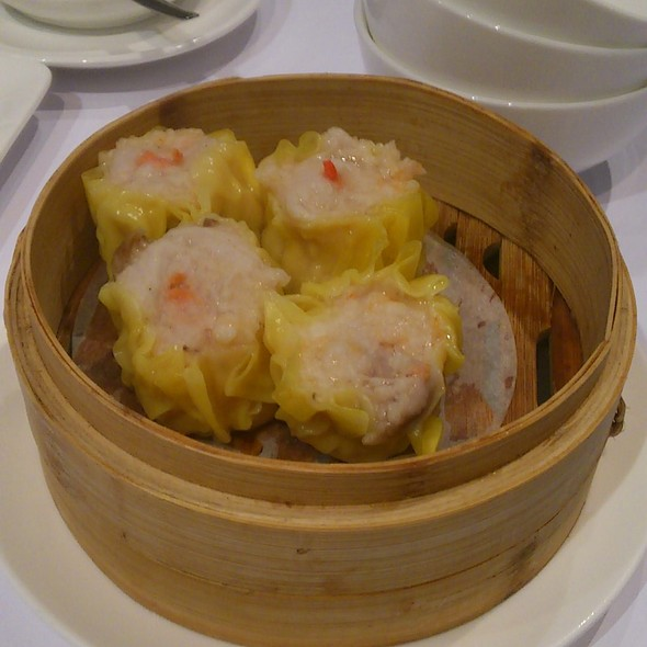 Steamed Shrimp and Pork Dumplings @ Yum Cha Robina
