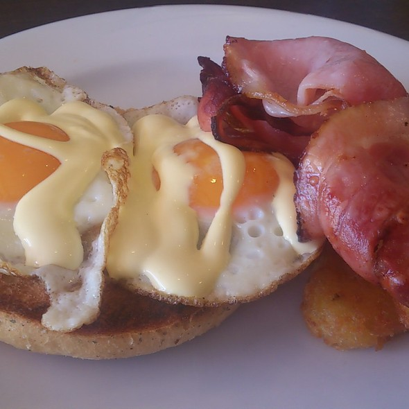 Focaccia with fried eggs, bacon, hasbrowns and hollandaise sauce @ Cafe Bond