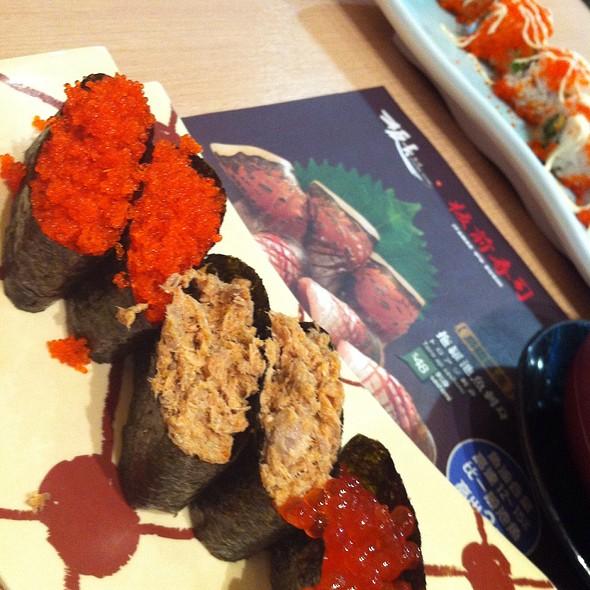 Sushi @ Crystal Jade 翡翠拉麵小籠包