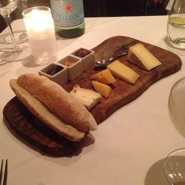 Cheese Board @ Marche Moderne