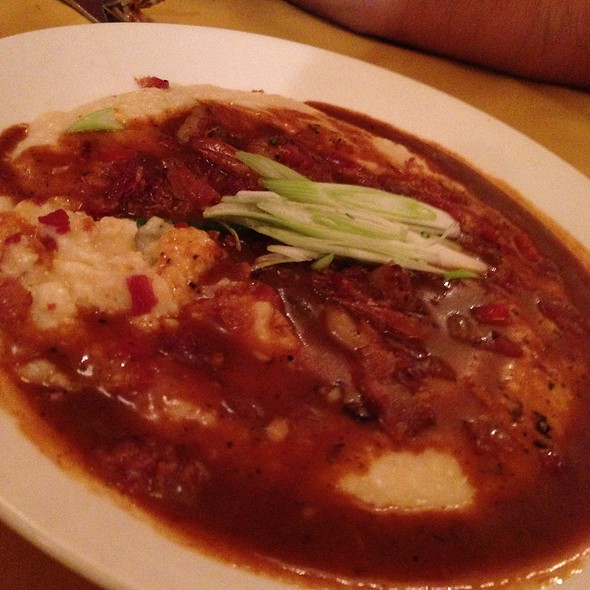 Shrimp and Grits @ Nola On the Square