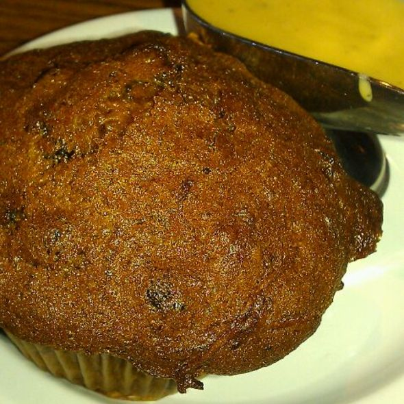 Muffins @ Mimi's Cafe