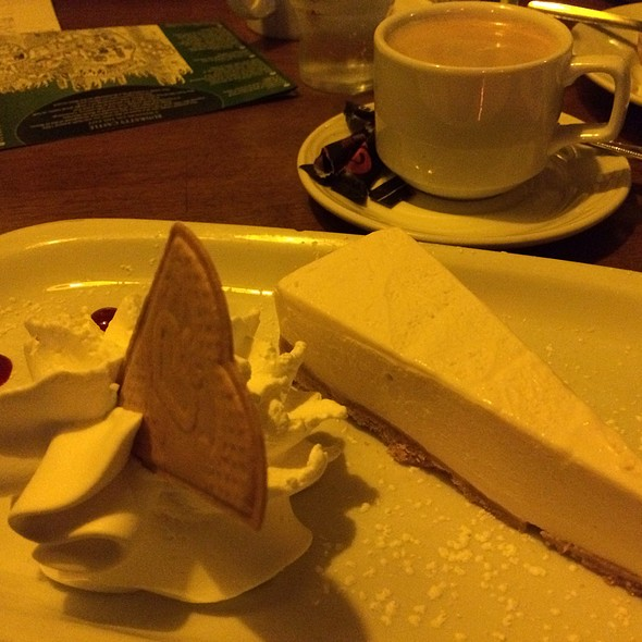 Bailey's Cheesecake @ Durty Nelly's Irish Pub