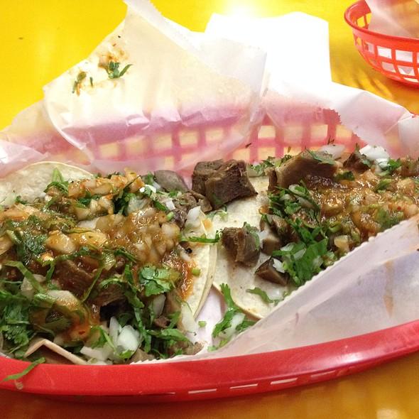 taco de lengua - braised beef tongue, onions, cilantro, avocado, salsa #pulqueria #nyc #goodtimes porn topia gasm  ie #tacos