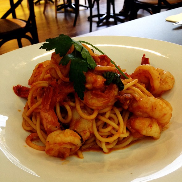 Prawn Basil Spaghetti At The Living Room Caf