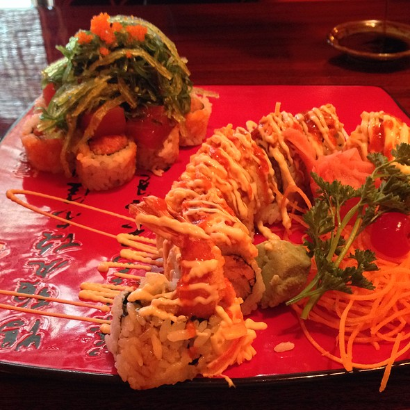 Spicy Shrimp Roll And Volcano Roll @ Yama Sushi Bar