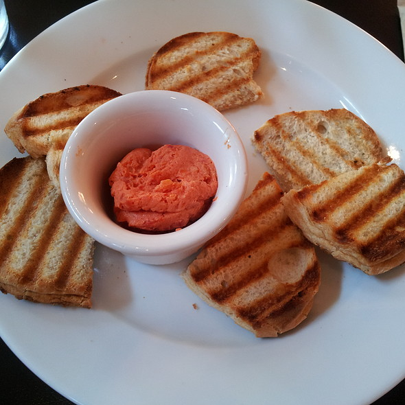 Crostini and Sundried Tomato Spread @ Eat Cetera