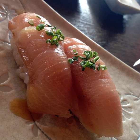 Iburi Machi Nigiri @ Aka Sushi House
