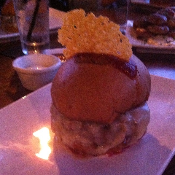 Slash Burger @ Umami Burbank