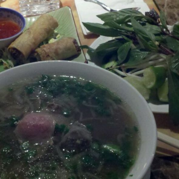 Pho with Round Steak & Meatball @ Pho Orchid Restaurant