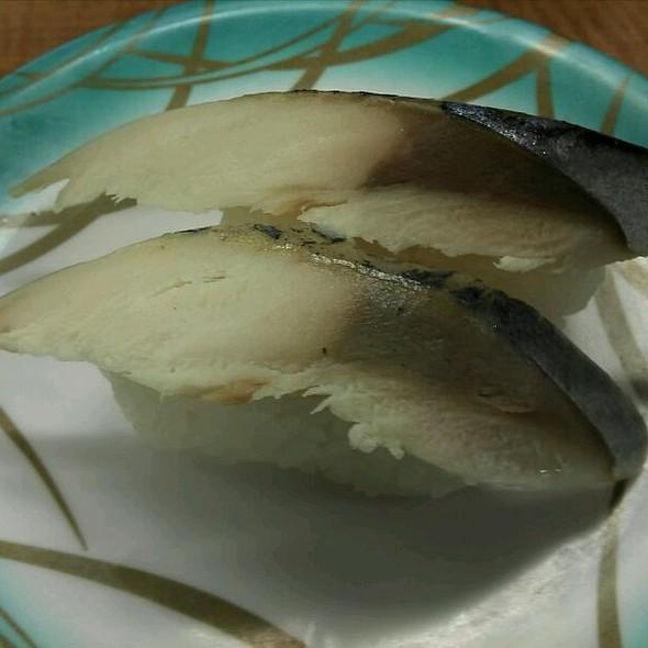 Shime Saba Nigiri
