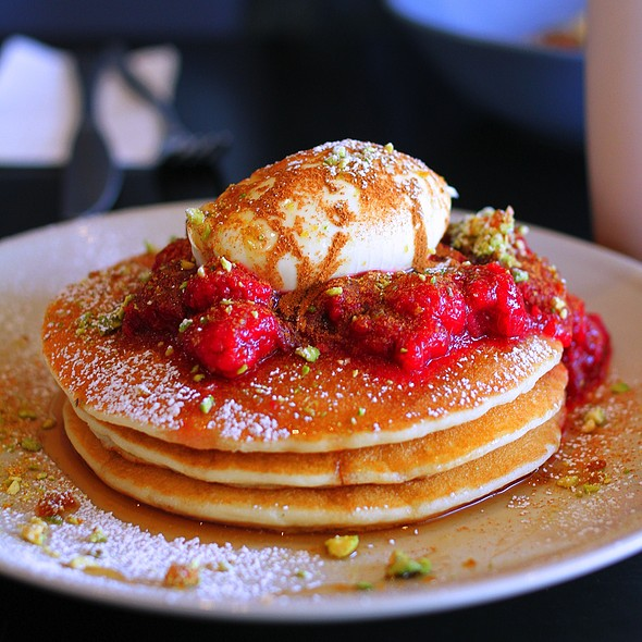 Hotcakes, rhubarb & raspberry compote, mascarpone & pistachio praline crunch @ The Counter