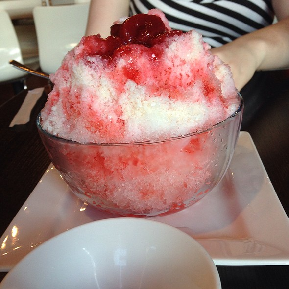 Strawberry Kakigori