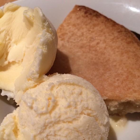 Apple Tarte With Vanilla Icecream @ Cafe Sofia