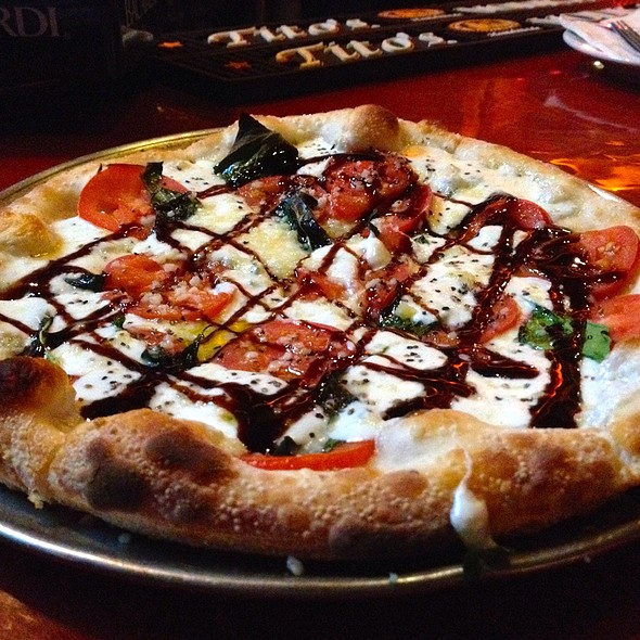 Pizza Caprese @ Johnny Rad's