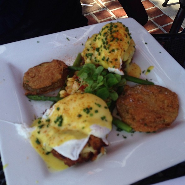 Crab Cake & Fried Green Tomato Eggs Benedict