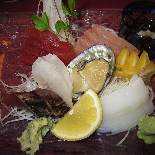 Sashimi moriawase @ Yoshitsune Restaurant