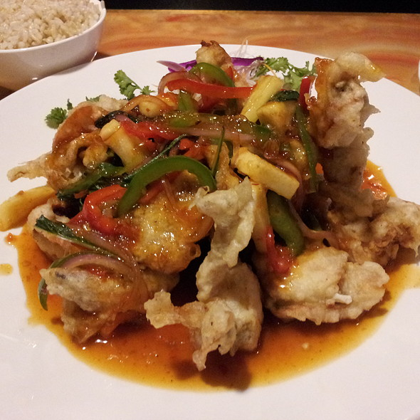 Thai Style Soft Shell Crab @ Happy Garden