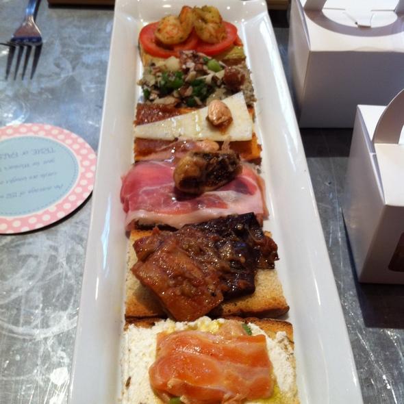 Assorted Crostini @ Fig & Olive Restaurant