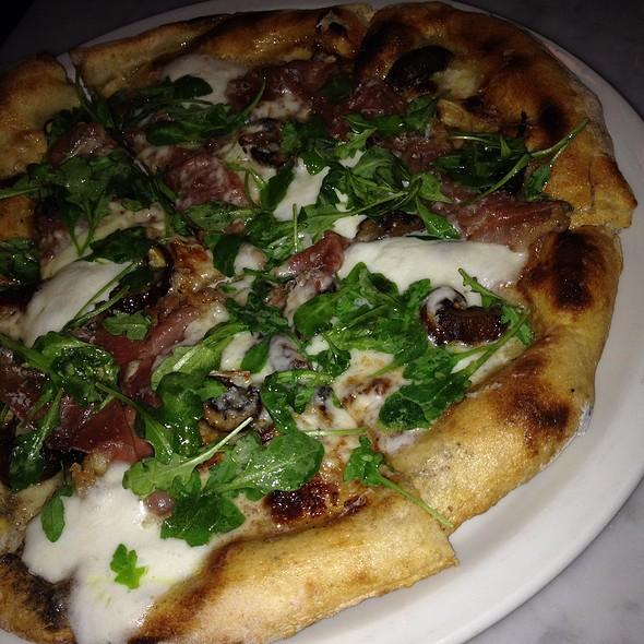 Fungi Prosciutto And Arugula Pizza @ Ciccio