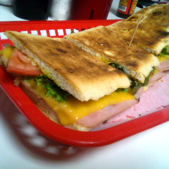 Lorenzo sandwich @ Soda Tapia