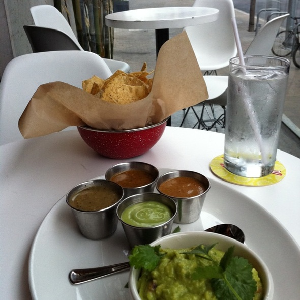 fresh made guacamole and salsas @ La Condesa