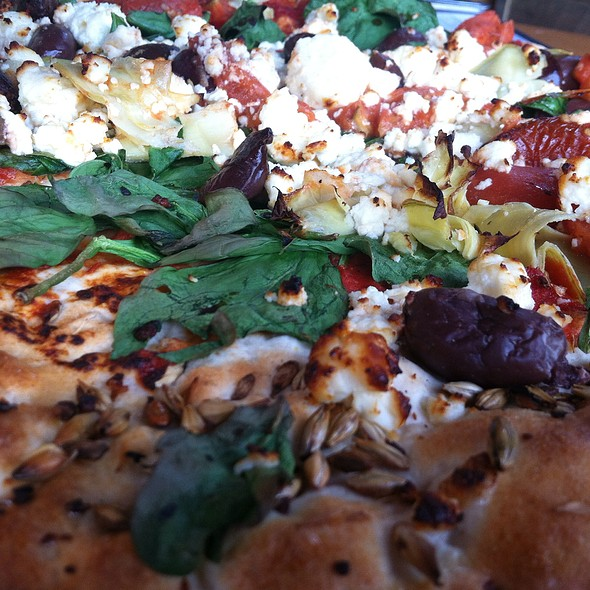 Greek Woodfired Pizza
