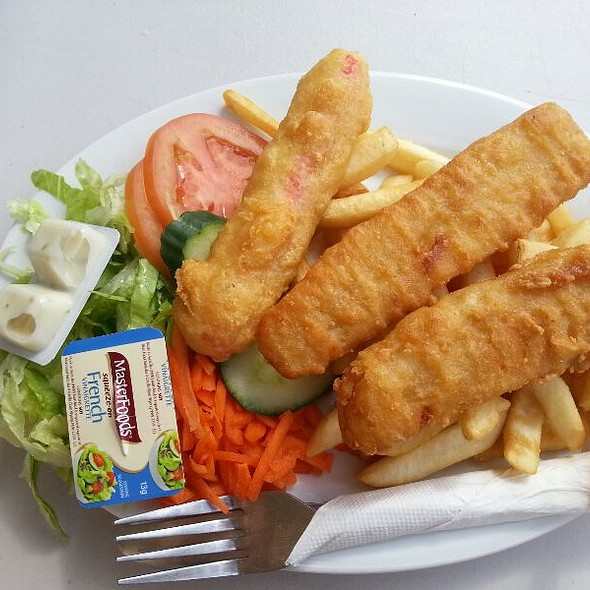 Fish and Chips @ Largs Bay Kiosk