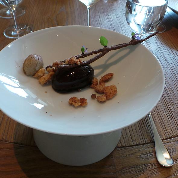 Zwetschgendatschi @ Gourmetrestaurant Überfahrt