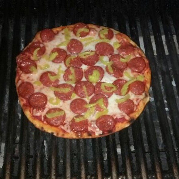 Sunday cheat day... Pizza on the Grill!!!