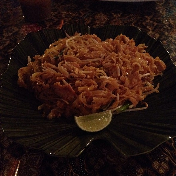 Pad Thai - Thai Life Floating Restaurant, Key West, FL