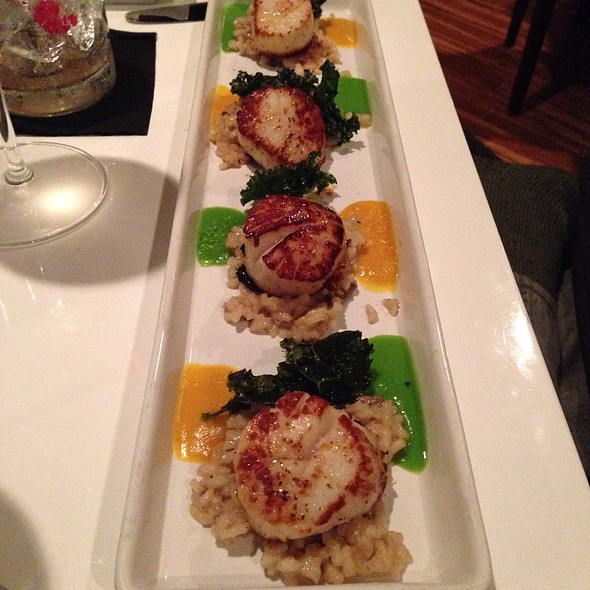 Scallops - Elements, Chapel Hill, NC