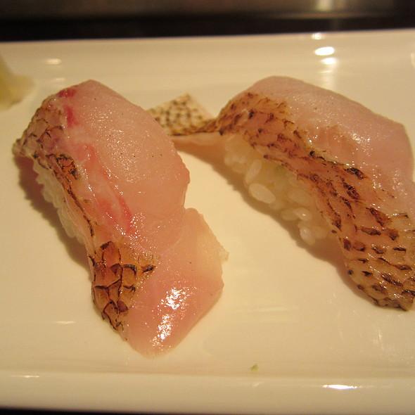 Akamutsu Nigiri @ Sushi ii