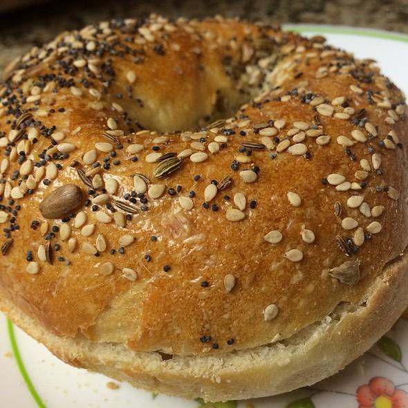 Everything Bagel @ Metropolitan Bakery