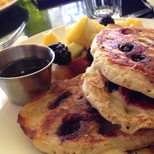 Blueberry Pancakes @ Chez Lola