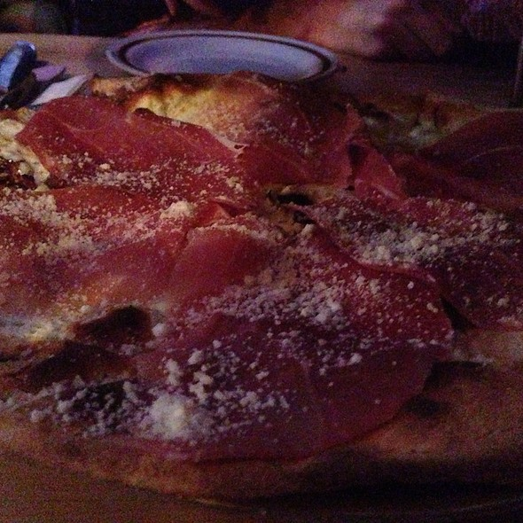 Black Truffle And Prosciutto Pizza @ Toby's Public House