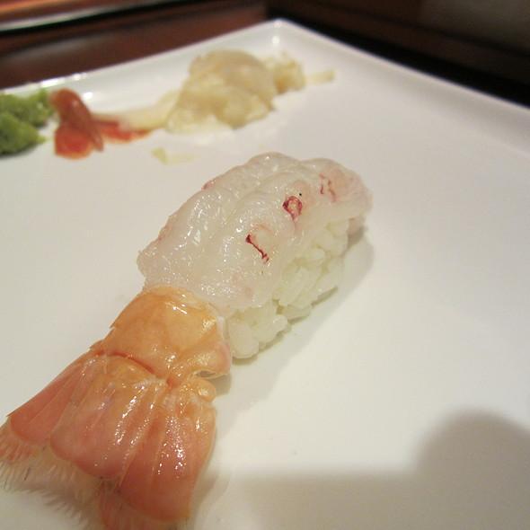 Langostino nigiri @ Sushi ii