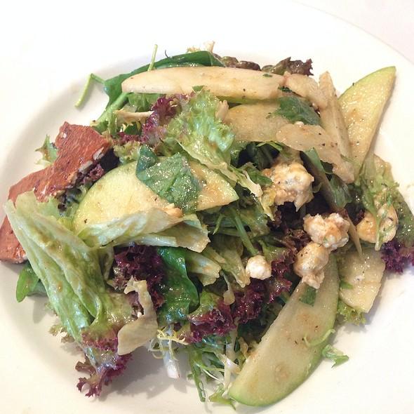 Bourbon Apple And Pecan Salad