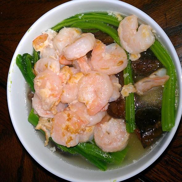 Japanese Shrimp and Mushroom Hotpot @ Home Sweet Home