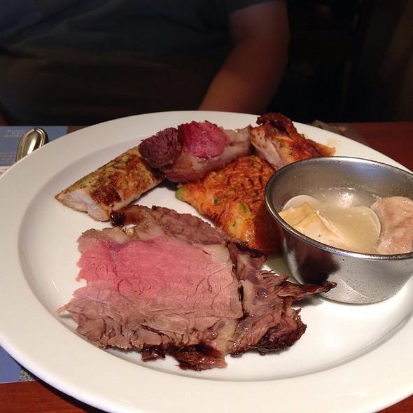 Duck Breast And Beef @ 海港餐廳 漢來大飯店 43F Harbour Restaurant