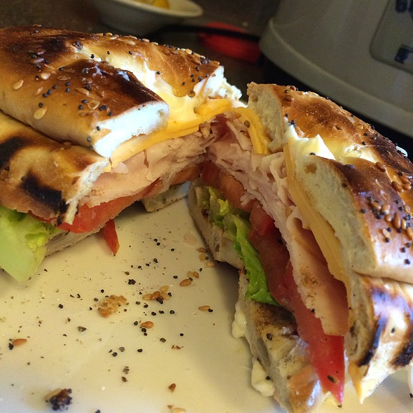 Turkey and cheese bagel @ Home