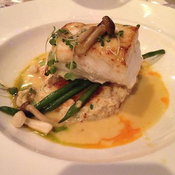 Halibut - Joe Muer Seafood - Detroit, Detroit, MI