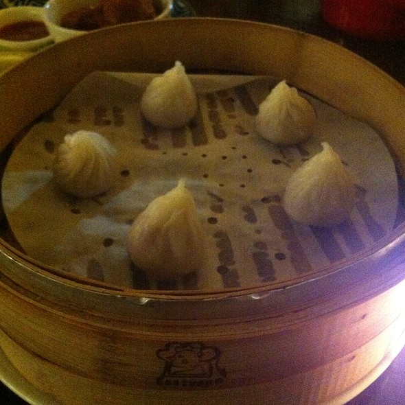 Steamed Caramel Dumplings @ Mr Huang Jin