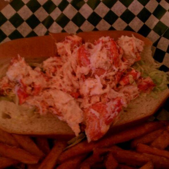 Lobster Roll (Sandwich) @ Chelo's Hometown Bar & Grille