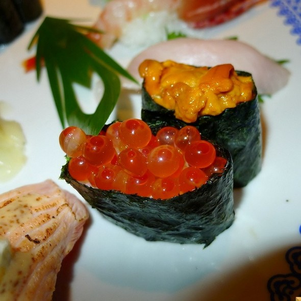 ikura nigiri @ Nishimura Restaurant