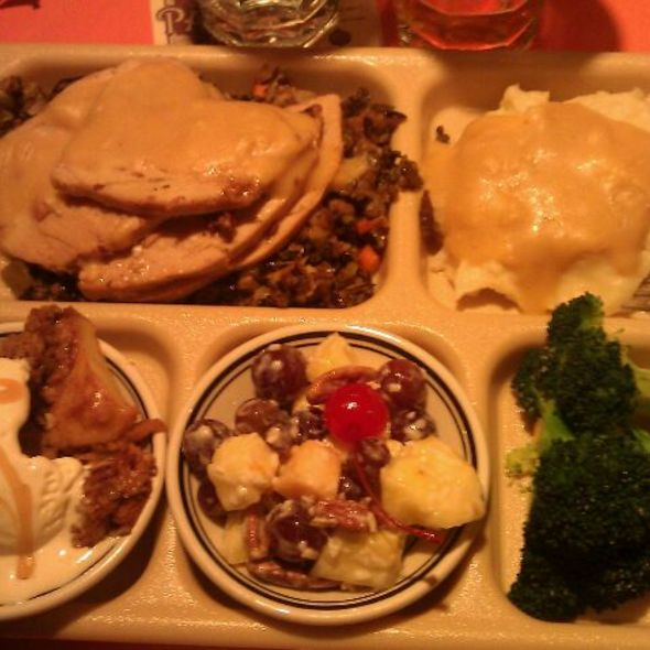 Sunday Night Thanksgiving Dinner @ Uptown Cafeteria and Support Group