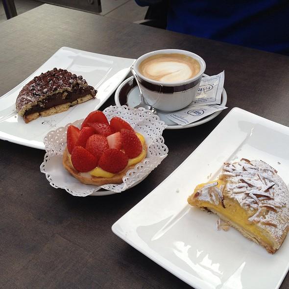Italian Sweets @ Gilli