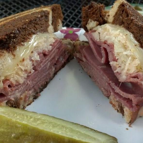 Rueban Sandwich @ Home